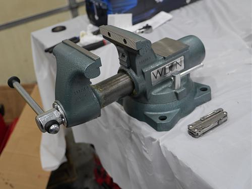 Click image for larger version.  Name:Wilton Tradesman 1755 Vise (9).jpg Views:1 Size:78.3 KB ID:941
